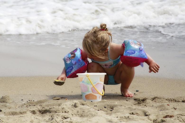 beach-1558650_1920