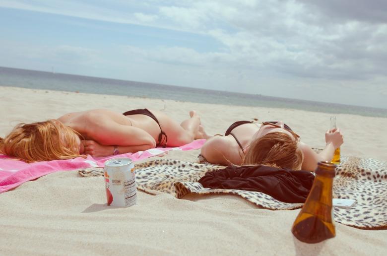 beach-455752_1920.jpg
