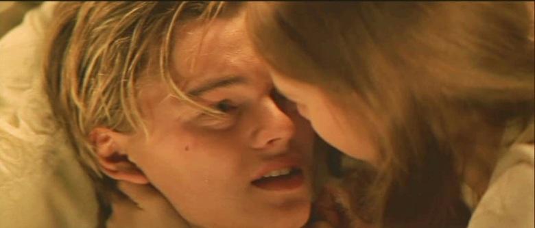 Leonardo-in-Romeo-Juliet-leonardo-dicaprio-22666077-1392-596.jpg