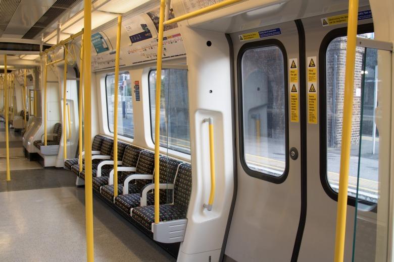 london-underground-2085647_1920.jpg