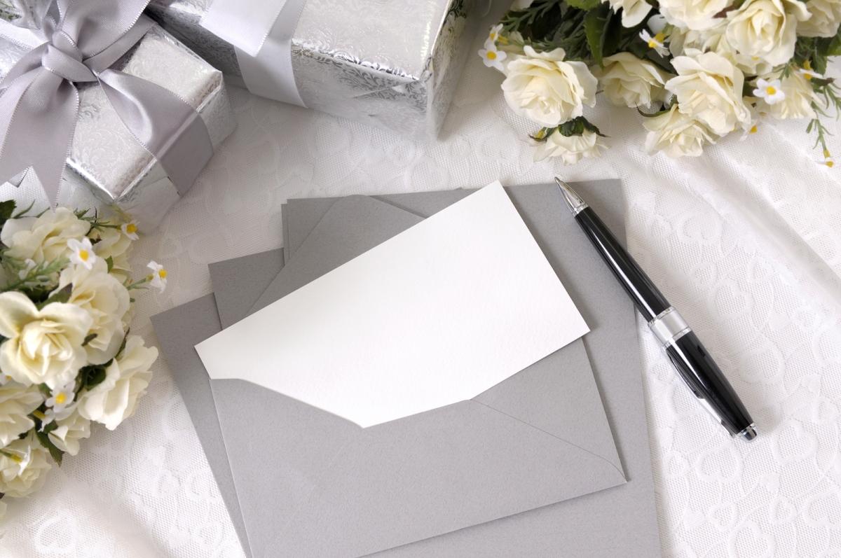"""Lista di nozze: come chiedere regali """"in soldi"""" in modo originale e discreto"""