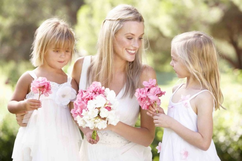 Children-at-weddings-900x600.jpg