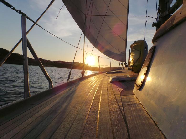 sailsquare_boat_2.jpg
