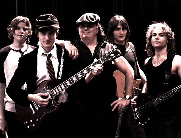 acdc-tribute-band-brisbane7copy533_1472634286